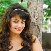 Sneha Ullal in the sets of  Madatha Kaj pictures | Picture 56458