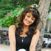 Sneha Ullal in the sets of  Madatha Kaj pictures | Picture 56460
