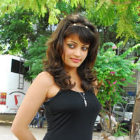 Sneha Ullal in the sets of  Madatha Kaj pictures | Picture 56461