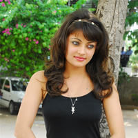 Sneha Ullal in the sets of  Madatha Kaj pictures | Picture 56462
