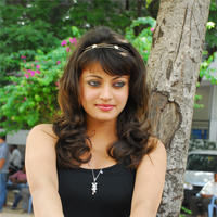 Sneha Ullal in the sets of  Madatha Kaj pictures | Picture 56464