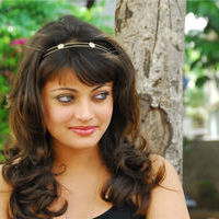 Sneha Ullal in the sets of  Madatha Kaj pictures | Picture 56471