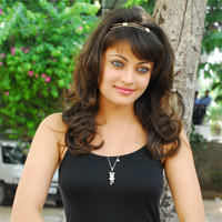 Sneha Ullal in the sets of  Madatha Kaj pictures | Picture 56472