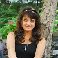 Sneha Ullal in the sets of  Madatha Kaj pictures | Picture 56475