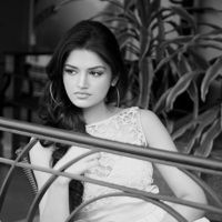 100 Love Movie fame Tara Alisha pictures